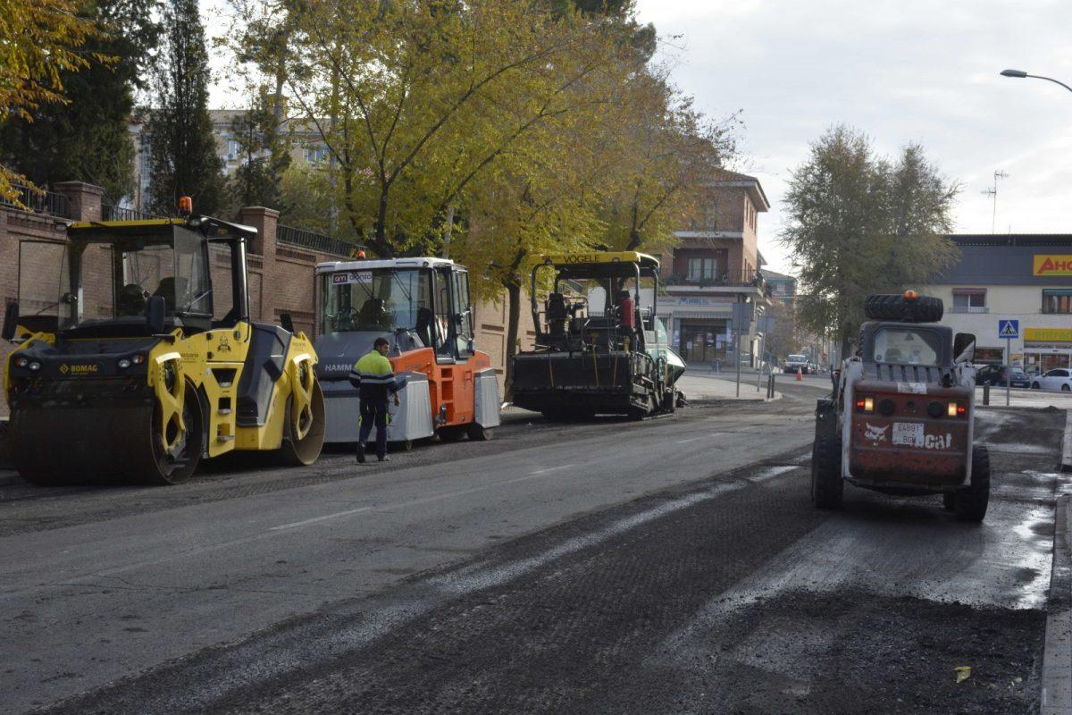 La renovación del firme avanza en la Ronda de Buenavista y concluye con la señalización en las avenidas de Portugal y Francia