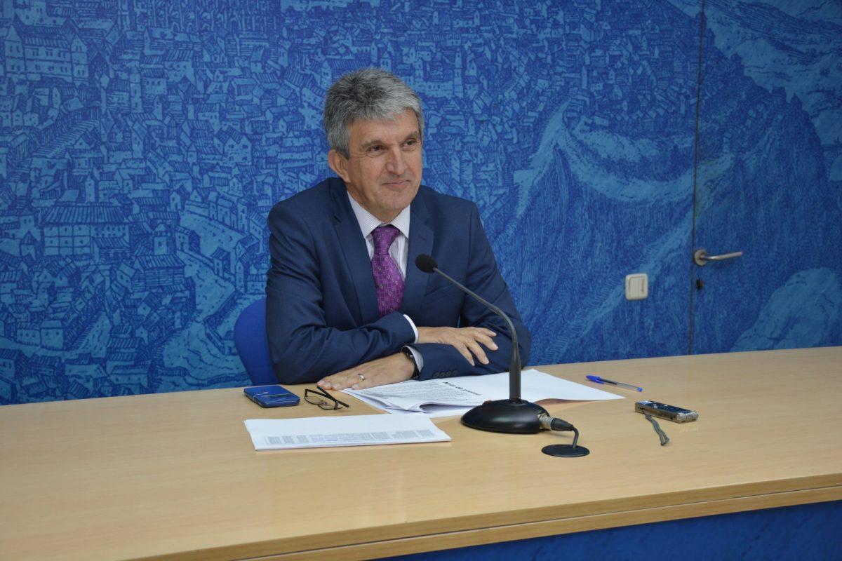 La Junta de Gobierno adjudica el Plan de Asfaltado de todos los barrios con una inversión de 2,1 millones y un ahorro del 25%