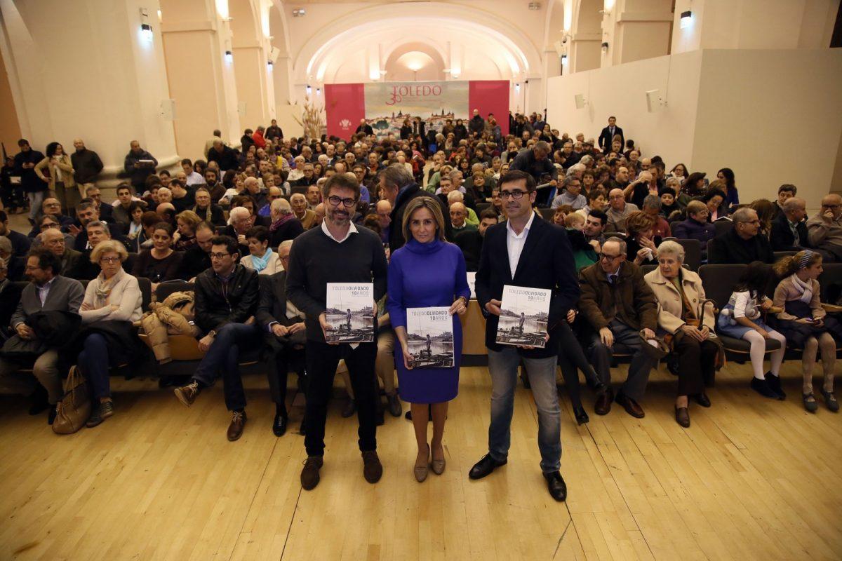 """Milagros Tolón destaca la labor de Sánchez Butragueño y su """"Toledo Olvidado"""" para la recuperación del patrimonio fotográfico de la ciudad"""