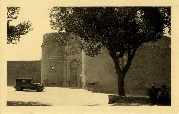 02 - Puerta de Bisagra