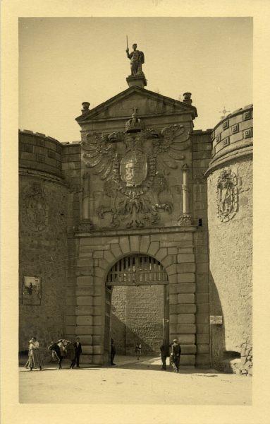 03 - Puerta de Bisagra