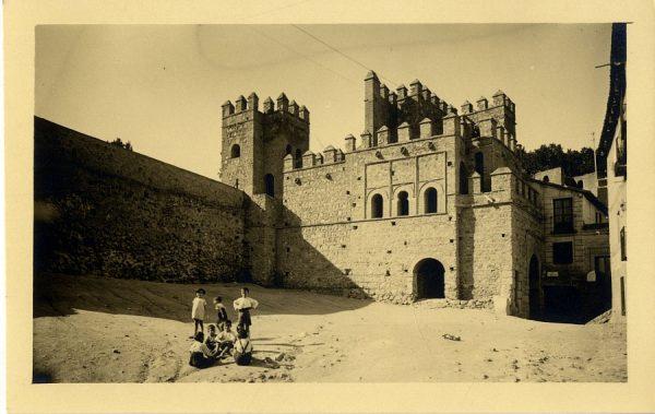 1 - Puerta de Alfonso VI