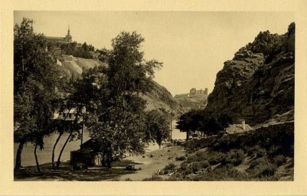 15 - Vista del castillo de San Servando y la Casa del Diamantista