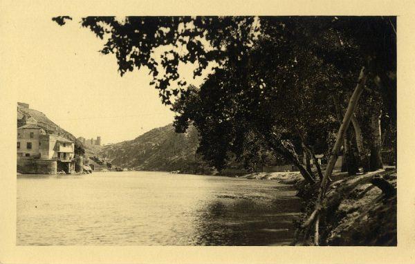 17 - Vista del río Tajo y la Casa del Diamantista