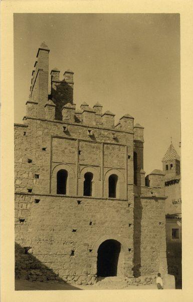 2 - Puerta de Alfonso VI