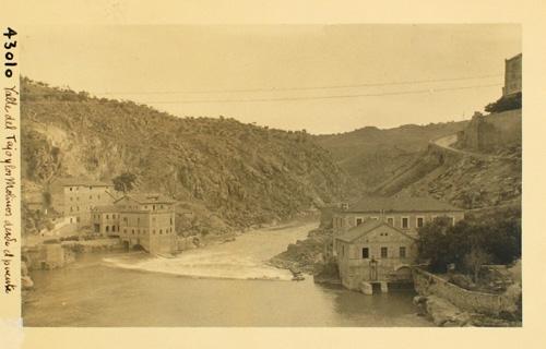 43010_ADPT - Valle del Tajo y los molinos desde el puente de Alcántara