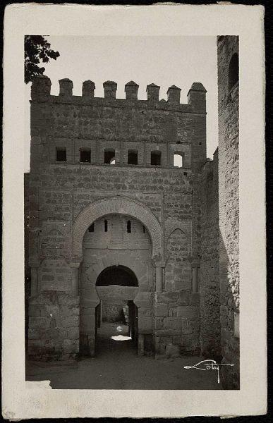 43033_AMT - Puerta de Bisagra vieja