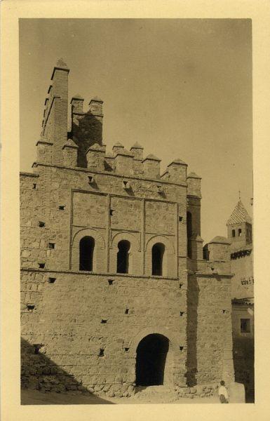 43037_AMT - Puerta de Alfonso VI