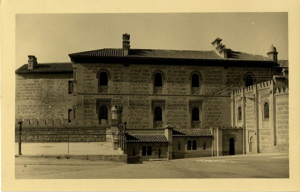 43055_AMT - Alcázar. Edificio de Capuchinos y paso curvo