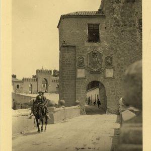 oledo en las fotos de «Loty» (1928)