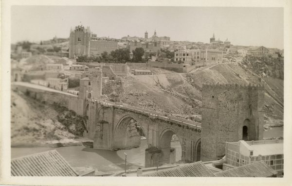 43092_AMT - Puente de San Martín e iglesia de San Juan de los Reyes