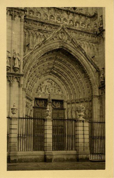 43100_AMT - Catedral. Puerta del Perdón