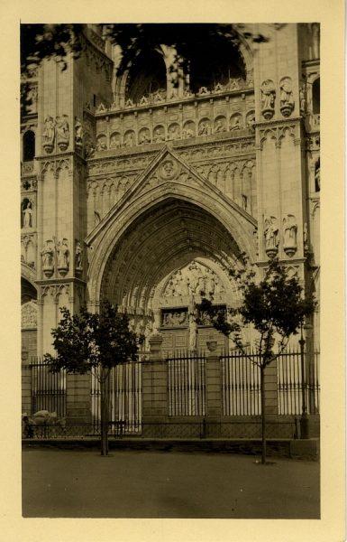 43101_AMT - Catedral. Puerta del Perdón