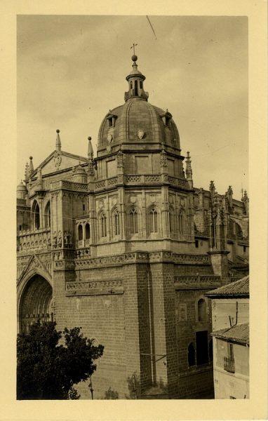 43129_AMT - Catedral. Exterior de la capilla Mozárabe