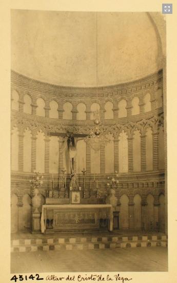 43142_ADPT - Interior de la ermita del Cristo de la Vega. Presbiterio