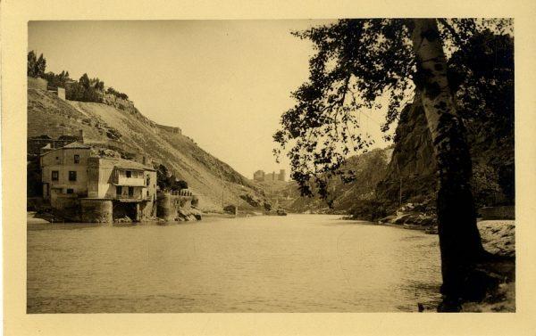 43163_AMT - Vista del río Tajo y la Casa del Diamantista