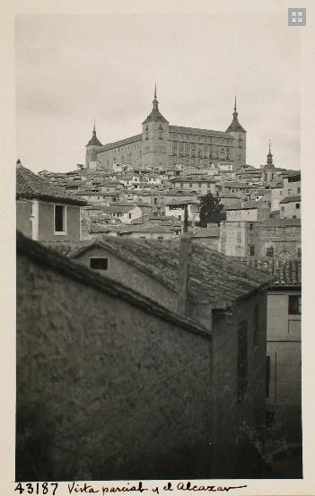 43187_ADPT - Vista parcial de Toledo y el Alcázar