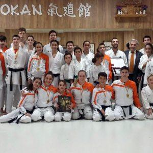 Reconocimiento municipal al club Kidokan por su colaboración en el campeonato internacional de karate del pasado mes de junio