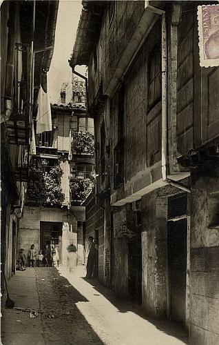 A Barcelona (1944)_Imagen