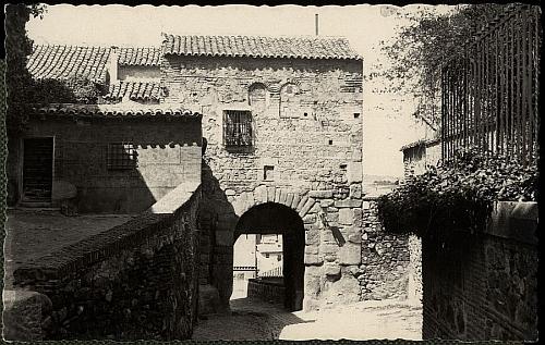 A Oviedo (1954)_Imagen