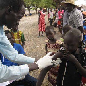 Sudán del Sur: energía solar para refrigerar vacunas que salvan vidas