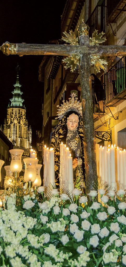 https://www.toledo.es/wp-content/uploads/2018/01/viernes-de-dolores.jpg. Viernes de Dolores. Procesión de NUESTRA SEÑORA DE LA SOLEDAD