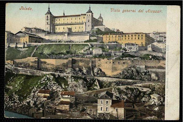 PURGER&CO_2210_Toledo - Vista general del Alcázar
