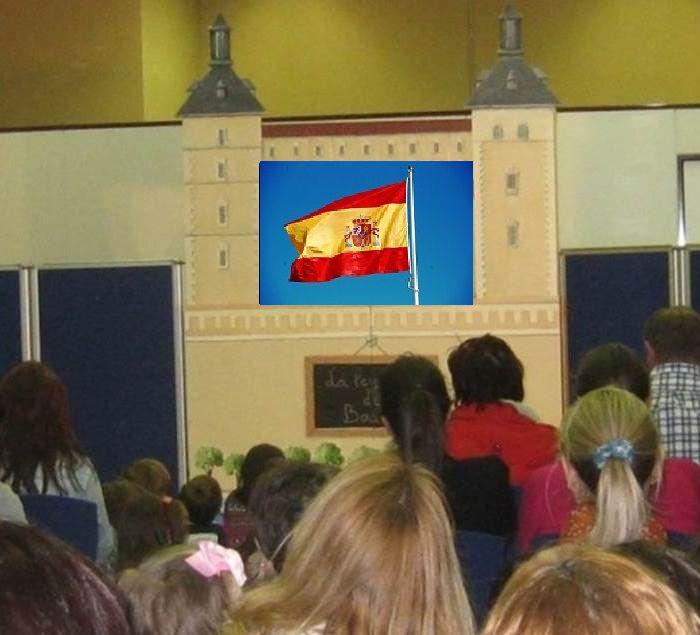 """https://www.toledo.es/wp-content/uploads/2018/02/teatro-guinol.jpg. TEATRO DE GUIÑOL: """"Una bandera para el Rey Carlos"""""""