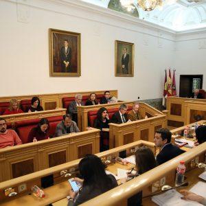 El Pleno municipal pide al Gobierno central que ponga fin a la continuidad del trasvase Tajo-Segura