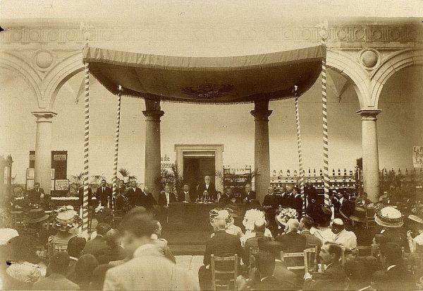 04 - Inauguración por el Conde de Casa Segovia el 15 de agosto de 1909