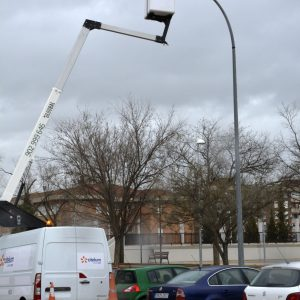 El Ayuntamiento de Toledo finaliza en el barrio del Polígono la renovación de 10.000 lámparas del alumbrado público