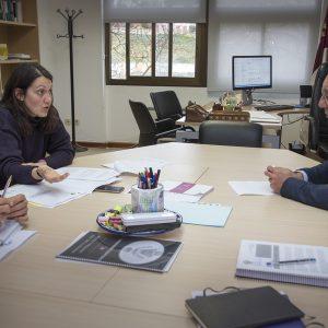 l Ayuntamiento estudia con la Junta la situación de las instalaciones de los colegios de Primaria de la ciudad