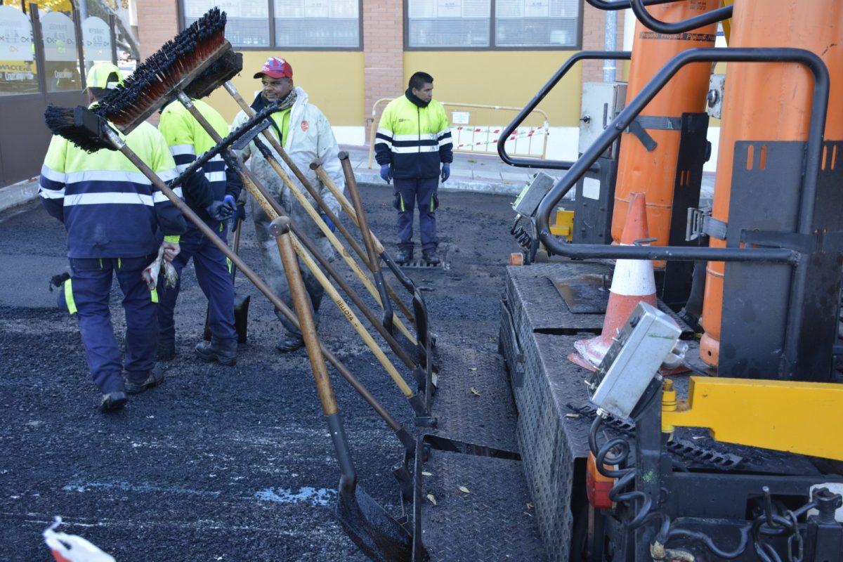 El Gobierno municipal adjudica los contratos de las obras que mejorarán el entorno urbano de seis espacios de la ciudad