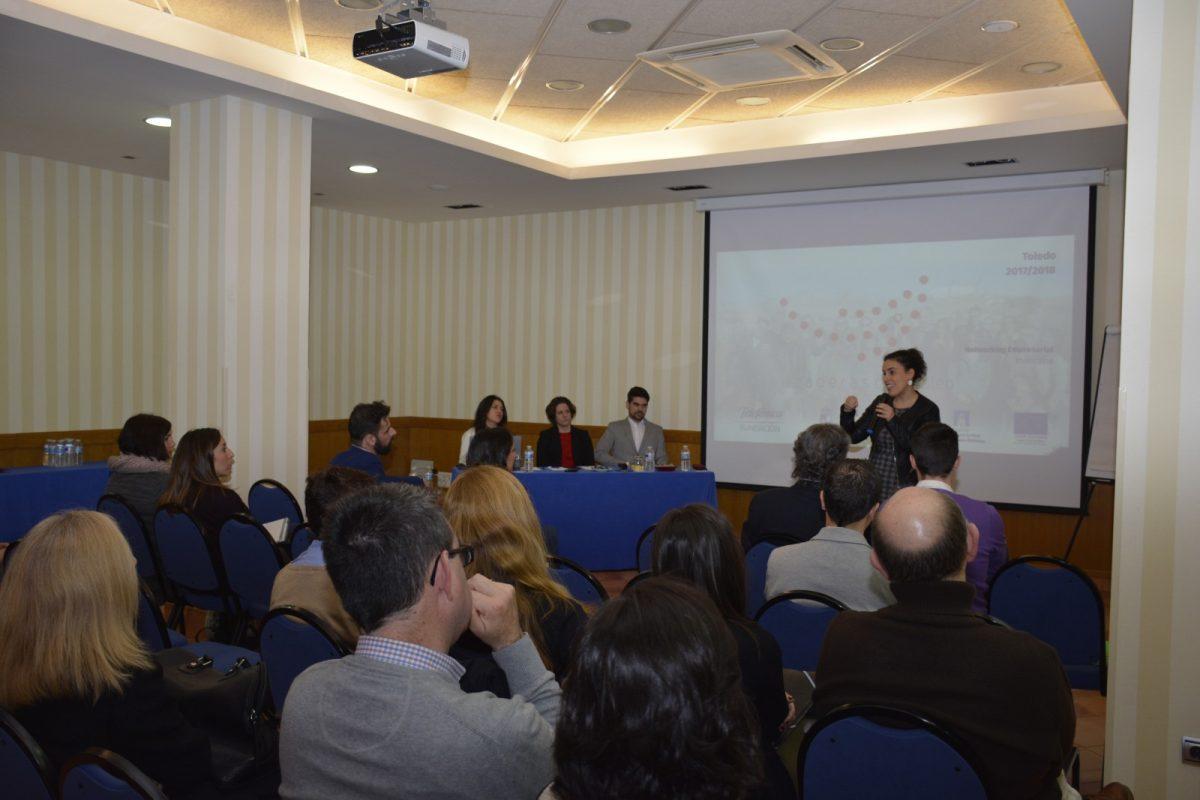 El equipo de Gobierno asiste a la reunión con empresarios organizada por la II Lanzadera de Empleo de la ciudad