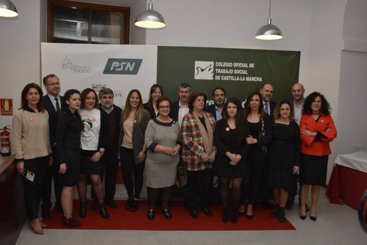 http://www.toledo.es/wp-content/uploads/2018/03/entrega-premios-trabajo-social-01-1200x800.jpg. El equipo de Gobierno participa en la entrega de Premios de Trabajo Social de Castilla-La Mancha 2018