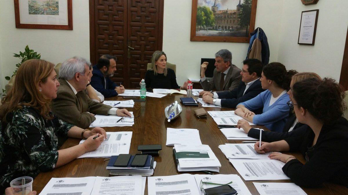 https://www.toledo.es/wp-content/uploads/2018/03/jgl-1200x675.jpeg. El Ayuntamiento aprueba las bases para la selección de los 76 alumnos que entrarán en el Programa de Garantía Juvenil