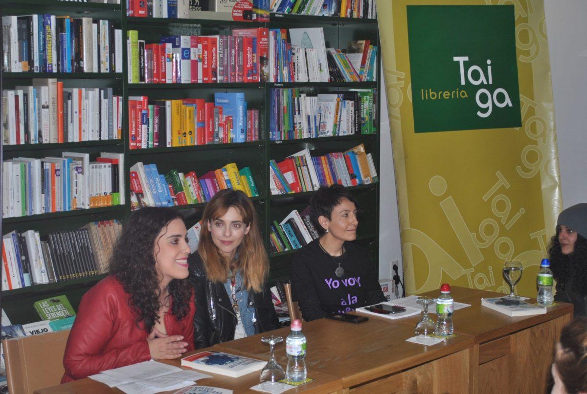 El Festival Fem18 llena la librería Taiga con la presentación del libro 'Morder la Manzana' de Leticia Dolera