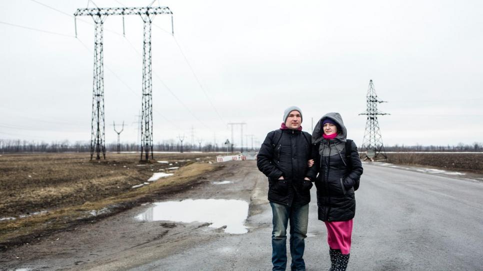 La vida es una batalla diaria para las familias atrapadas en la zona de conflicto en Ucrania