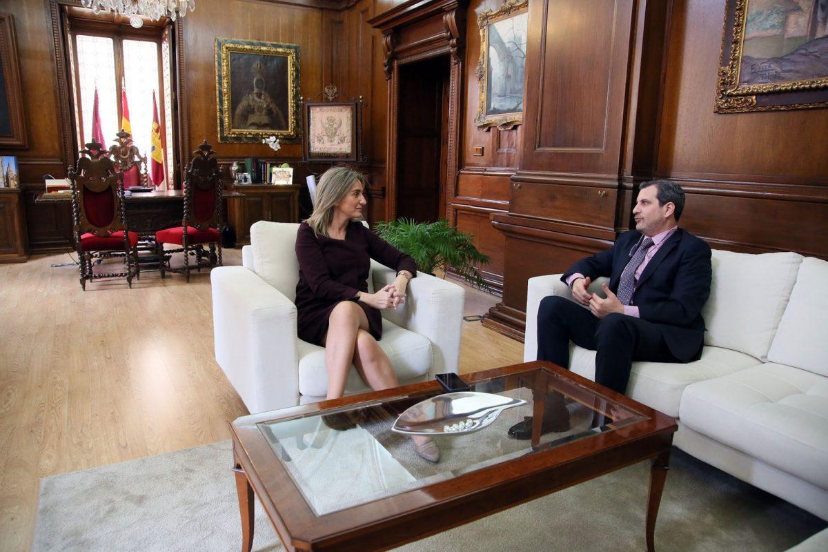 La alcaldesa repasa con Fedeto las actuaciones e iniciativas municipales que afectan a los empresarios de la ciudad
