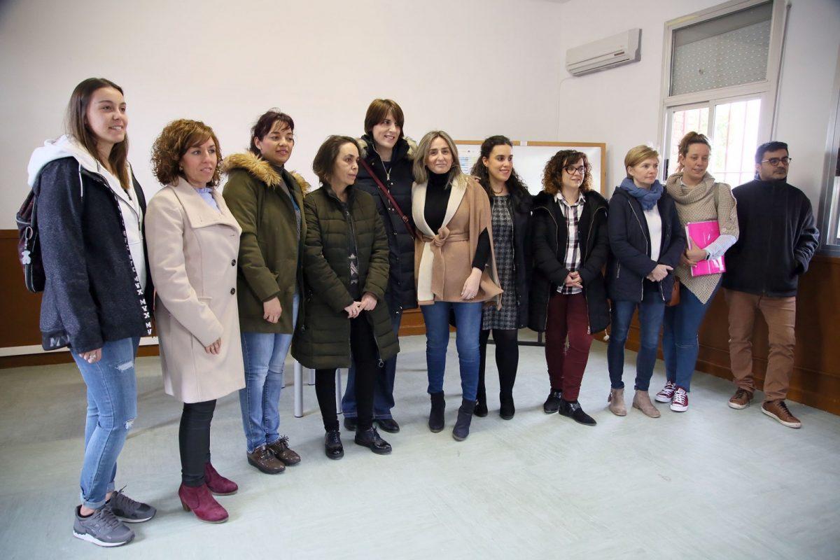 El Gobierno local cede al AMPA de 'La Candelaria' las antiguas escuelas municipales de Azucaica para uso escolar y de ocio