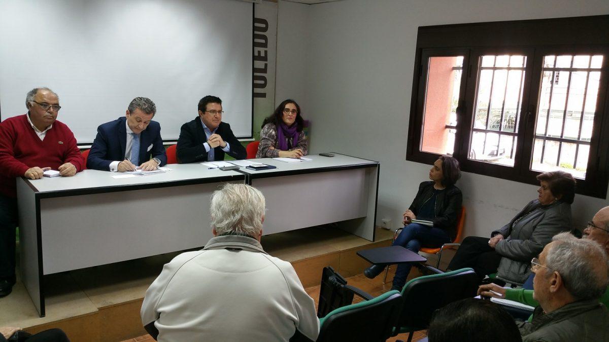 El Gobierno local informa a las asociaciones vecinales de las novedades en torno al planeamiento urbanístico de la ciudad