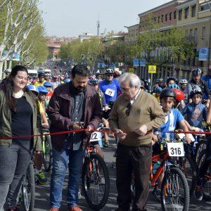 La celebración del XXI Día Municipal de la Bicicleta y V del Patín congrega 650 participantes por las calles de la ciudad