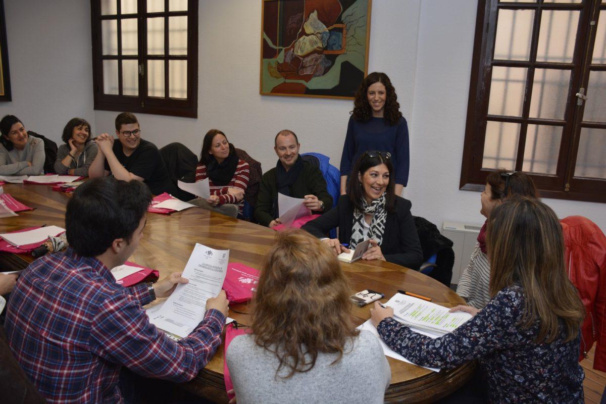 La OMIC ofrece formación práctica a 15 alumnos de la Cámara de Comercio en el ámbito de la información al consumidor y usuario