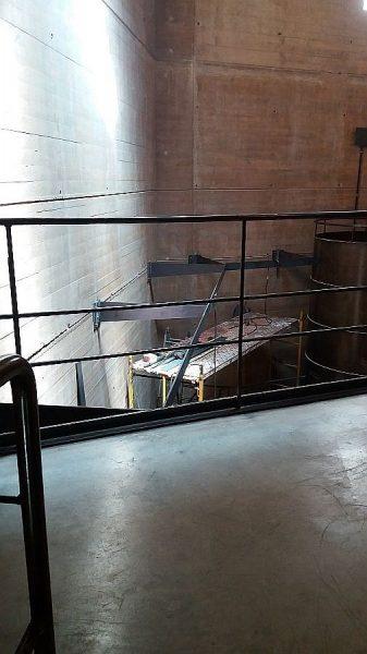 026 14-09-2017 Construcción de la pasarela lateral de la planta segunda