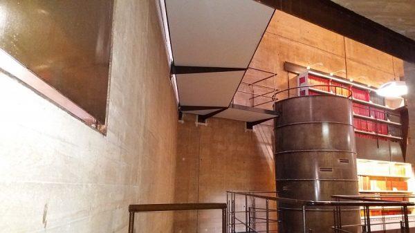 059 15-11-2017 Colocación de planchas de madera bajo las pasarelas