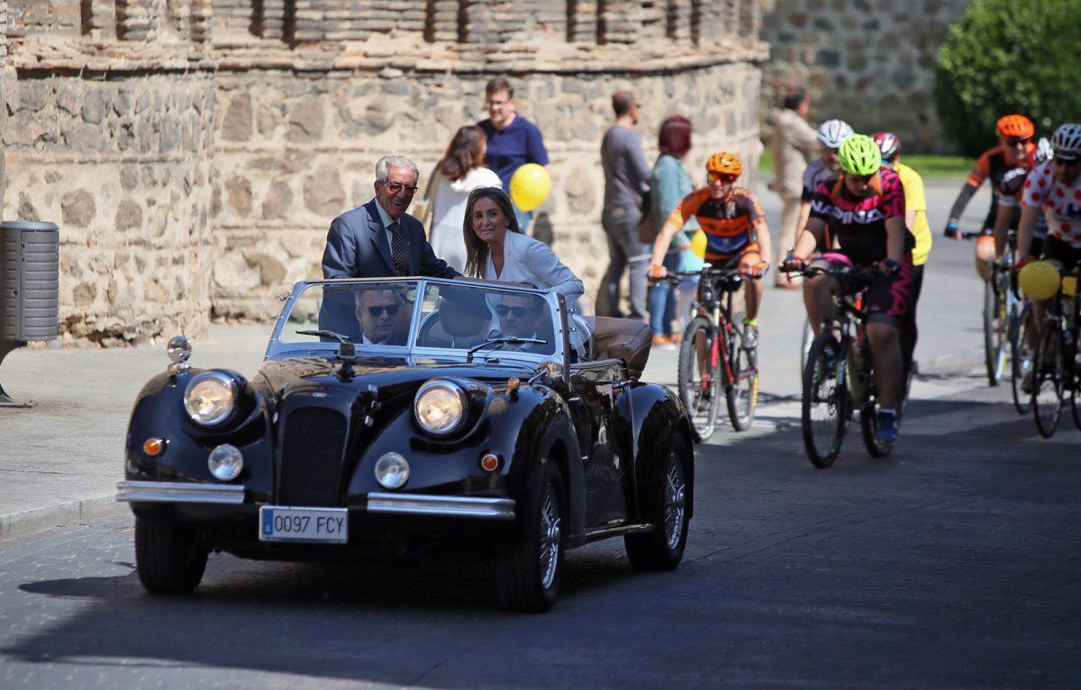 """https://www.toledo.es/wp-content/uploads/2018/05/06_homenaje_bahamontes-1200x767.jpg. Toledo rinde homenaje al """"gran legado de Federico Martín Bahamontes, el mejor embajador de nuestra ciudad"""""""