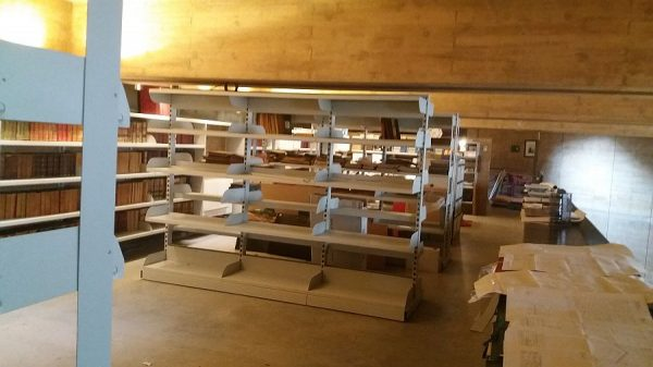 085 05-02-2018 Traslado de manteriales de la planta tercera del archivo.