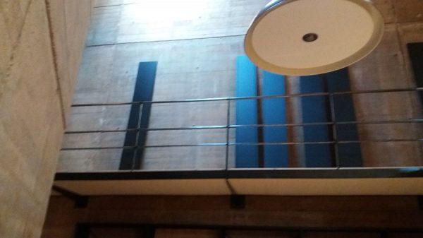 094 07-02-2018 Instalación de la estantería lateral de la planta segunda