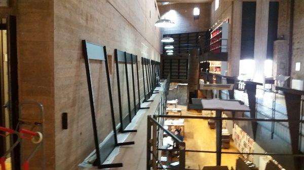 100 08-02-2018 Instalación de la estantería central de la planta primera