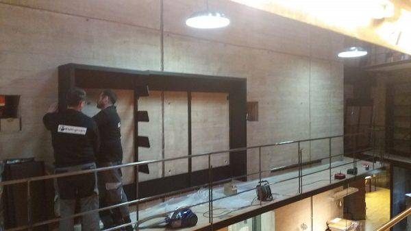 103 08-02-2018 Instalación de la estantería central de la planta primera